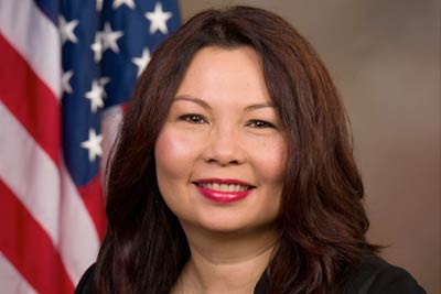 Tammy Duckworth Congratulates Diana Peters on Step Ahead Award